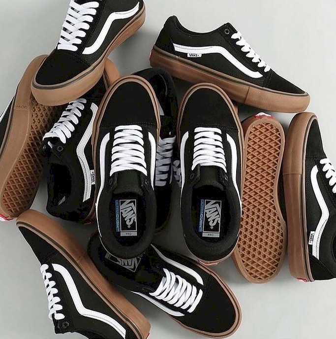 Черные кеды Vans низкие