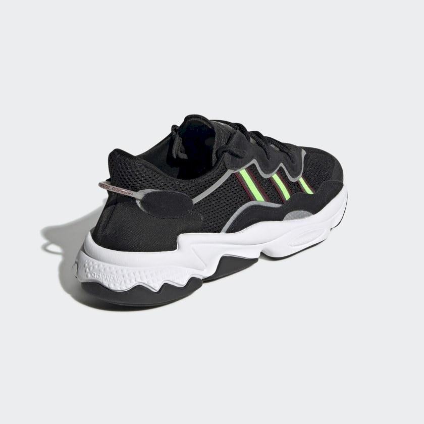 Кроссовки adidas Ozweego Core Black Solar Green